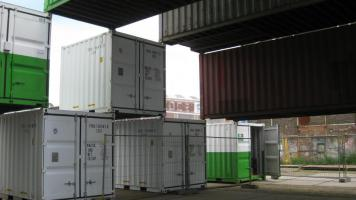 db containers 110