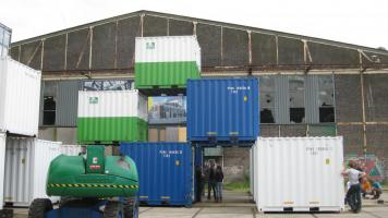 db containers 140